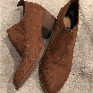 Western dolce vita brown booties